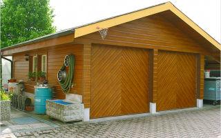 Удобный деревянный гараж своими руками